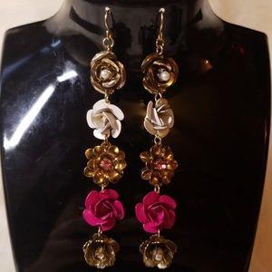 GORGEOUS Betsey Johnson Flower Dangle Earrings